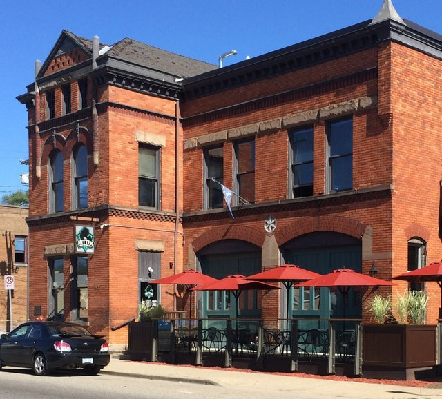 Known For Their Great Pizza And Beer Mitten Brewing Co Is One Of The Most Down To Earth Brews You Can Go Low S Quotient Here Staff